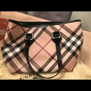 Authentic Burberry Nova tote purse